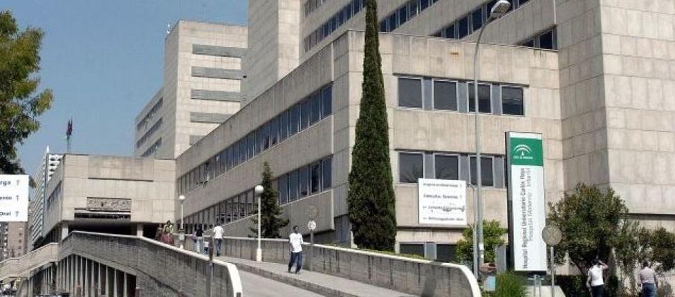 Herida grave una niña de 6 años al caer desde una altura de seis metros en Marbella