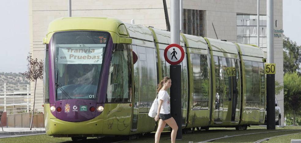 """El tranvía se inició """"sin un estudio de viabilidad previo"""" y """"con irregularidades y desvío de fondos"""""""