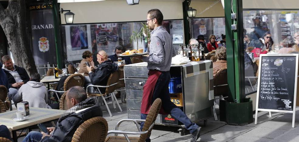 Empleo en verano: más del 96% de los contratos firmados en julio en Granada fueron temporales