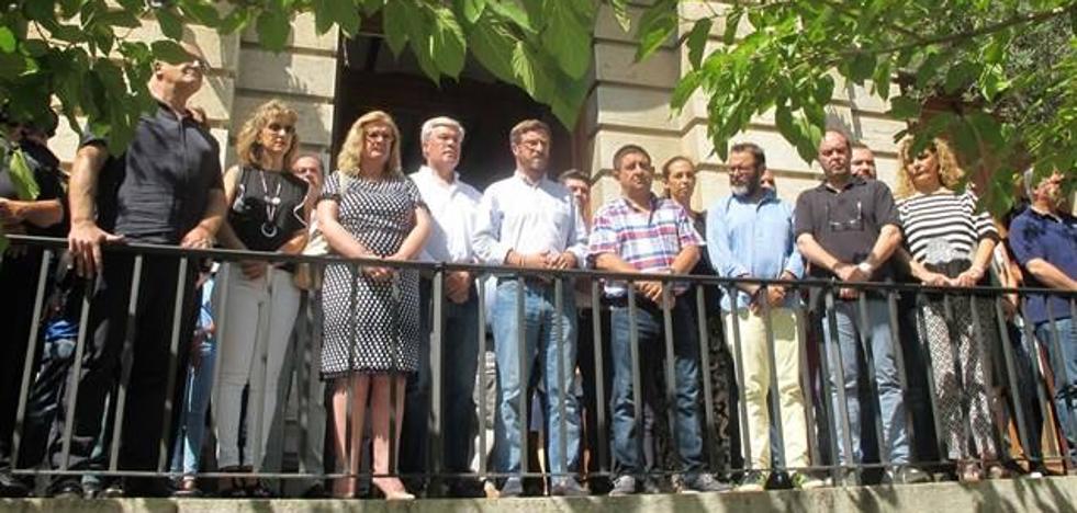 La Diputación se suma a los actos en repulsa por el atentado terrorista de Barcelona