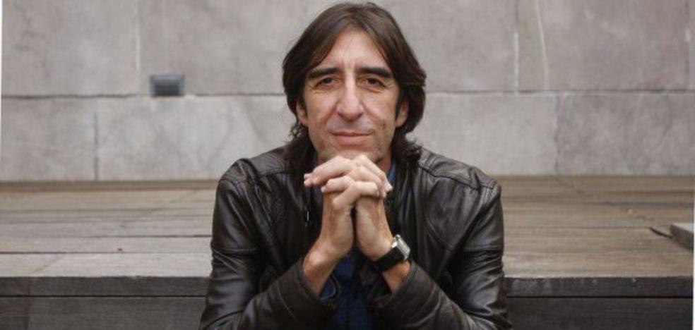 Benjamín Prado formará parte del jurado del Premio Internacional de Poesía de Vera