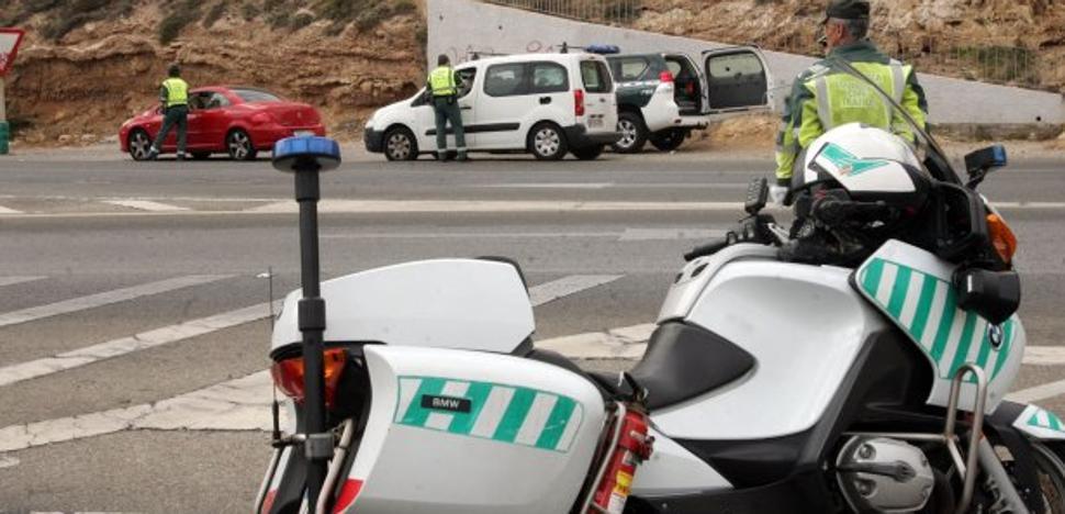 Más de 150 conductores dan positivo en drogas en Almería en apenas cinco días