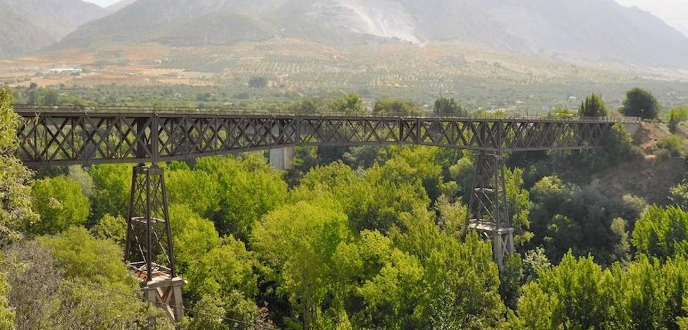 El 'Puente de Lata' de Dúrcal cumple 93 años