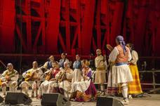 Las Almadrabillas acoge el folclore de México, Portugal y Ucrania