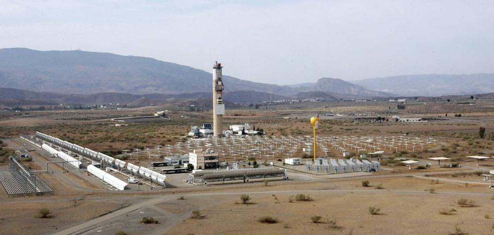 Tres parques de energía renovable esperan 'enganche' para echar a andar