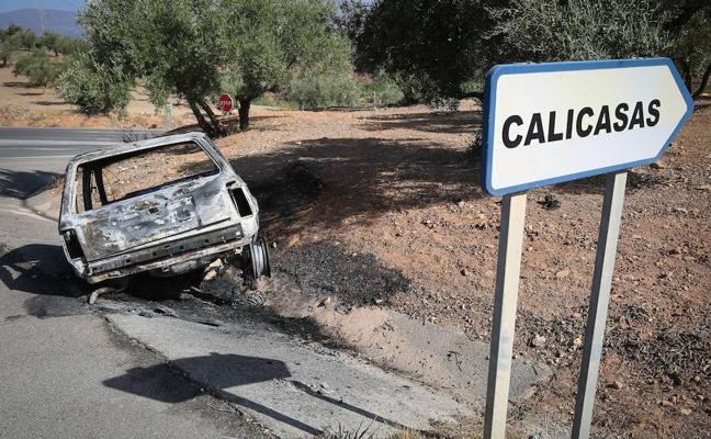 El coche quemado en Calicasas, clave para la investigación del crimen de Güevéjar