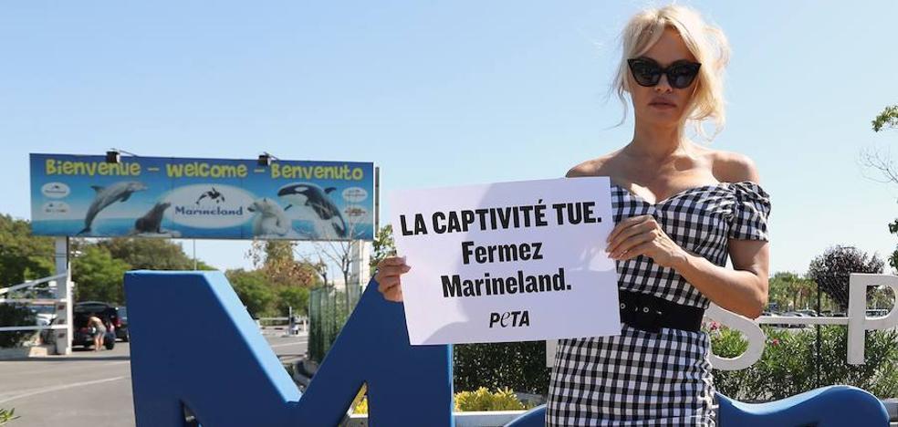 Pamela Anderson protesta contra el cautiverio de animales en Francia