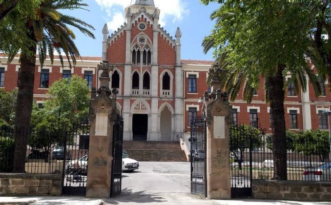 Correos conmemora el centenario del Hospital de los Marqueses de Linares con un matasellos especial