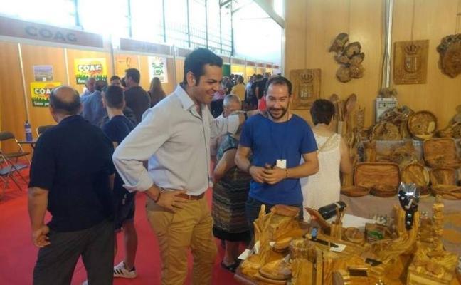 Requena valora la labor de Expohuelma para difundir la realidad de las áreas rurales y naturales