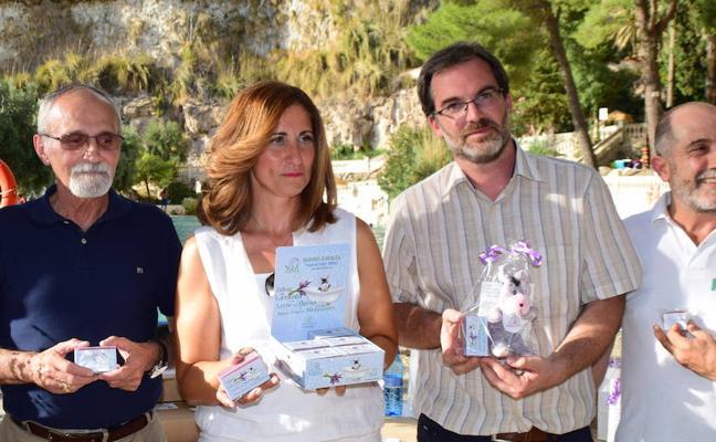 Lanzan un jabón natural fabricado con agua termal de Granada que acelera la cicatrización