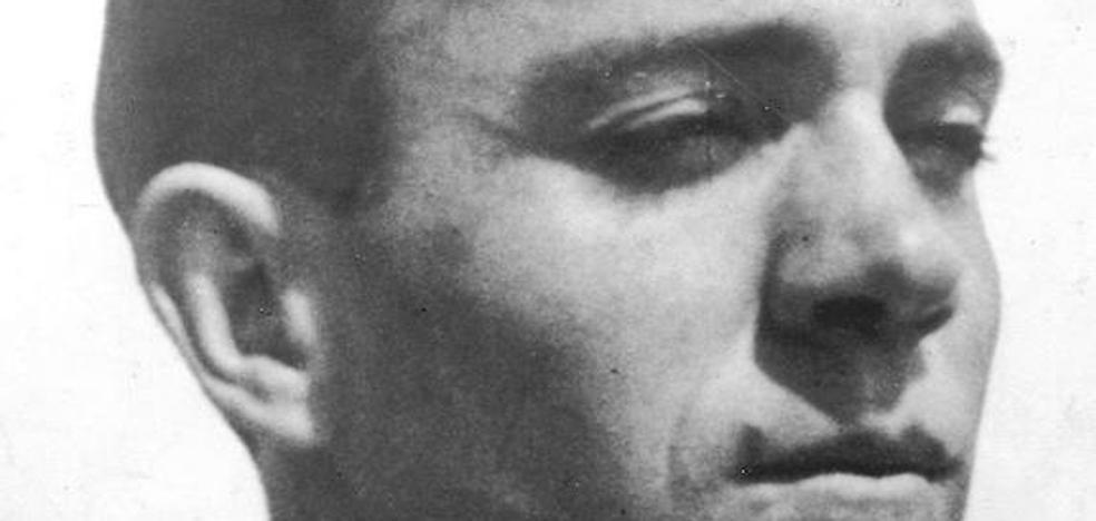 Expertos literarios dan a conocer el lado meticuloso, retrospectivo y religioso del poeta Miguel Hernández