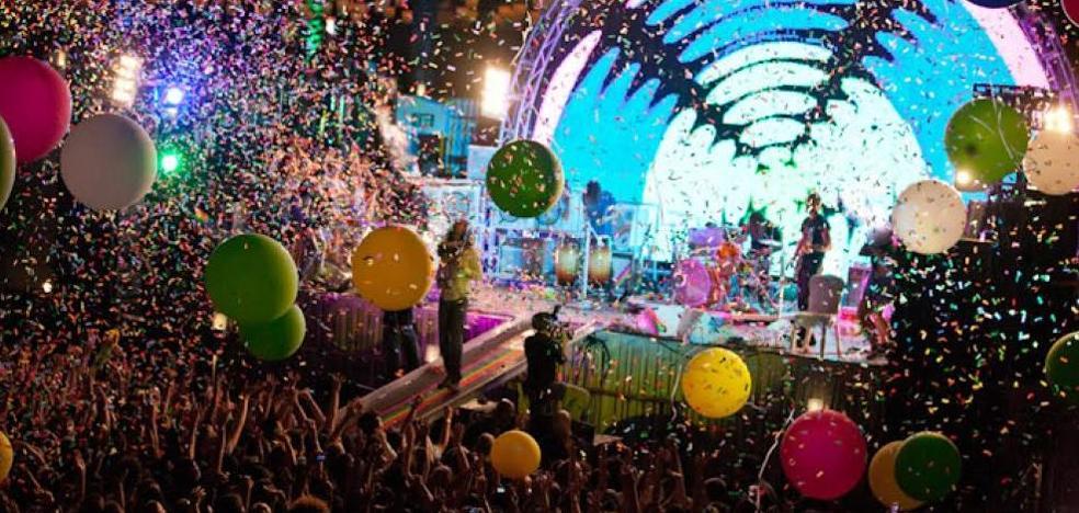 El trabajo de tu vida: 27.000 euros por asistir a fiestas por todo el mundo