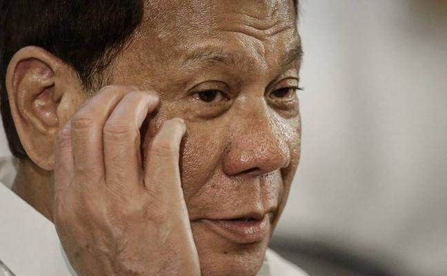 El presidente de Filipinas autoriza a la policía matar a los «idiotas» que se resistan a ser detenidos