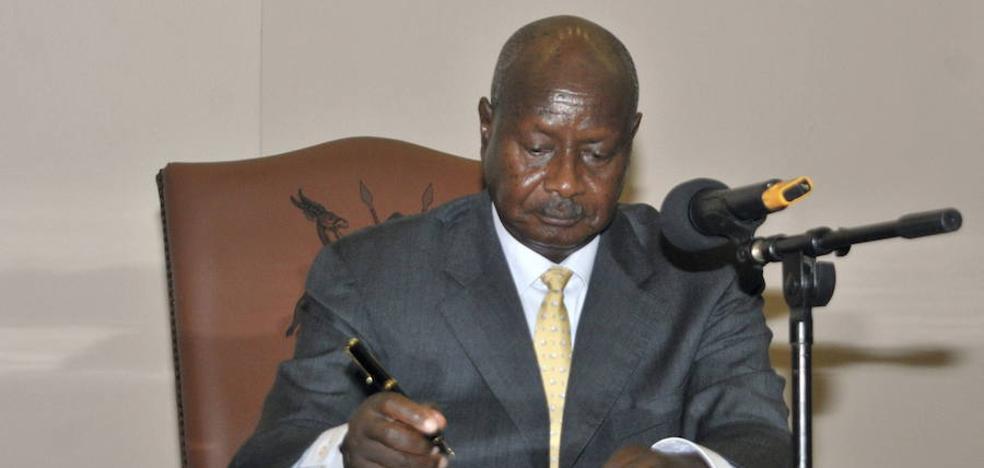 Uganda encarga un detector de pornografía para ordenadores