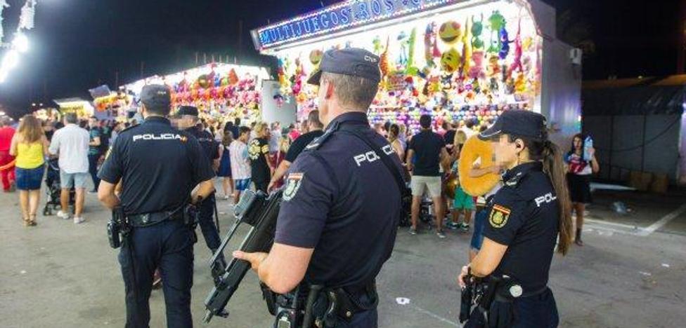 23 detenidos, 100 sanciones y 44 vehículos inspeccionados durante la Feria de Almería
