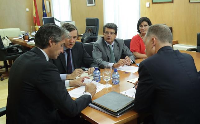 Adjudicados los proyectos de los tramos del AVE en Almería por más de 3 millones de euros