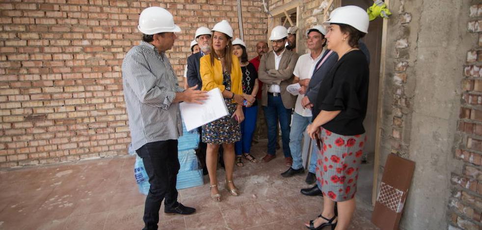 La Junta retirará 42 aulas prefabricadas de colegios públicos de Granada este año