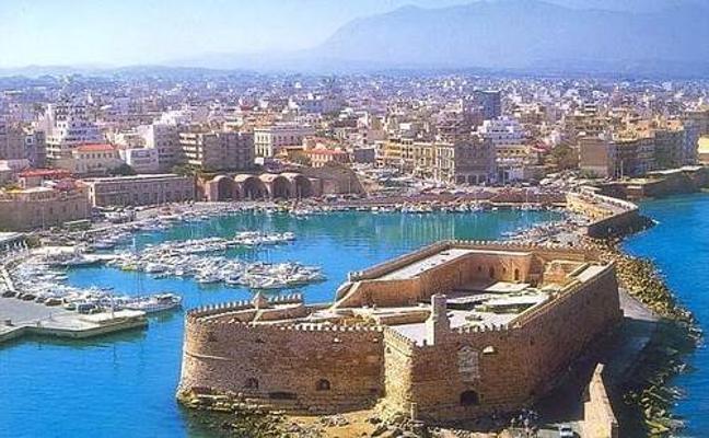 Detienen a un español por saquear en un sitio arqueológico de Creta