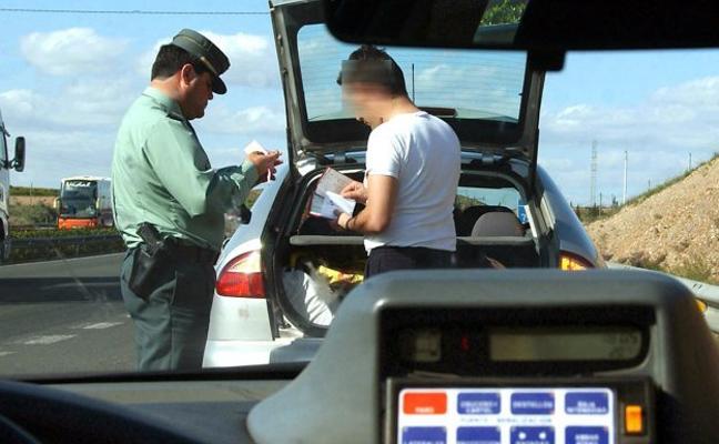 Las vías secundarias dejan casi 300 multas por exceso de velocidad en una semana