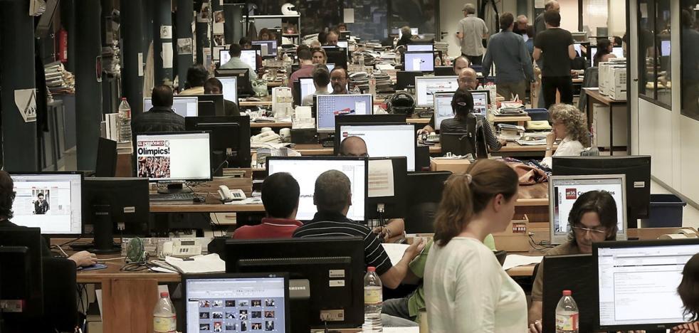 La Asociación de Medios de Información defiende la libertad de expresión frente a quienes cuestionan el trabajo de los periodistas