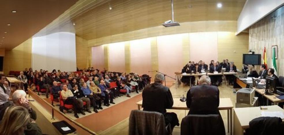 El tiempo de espera de algunas sentencias mediáticas de Granada triplica la media