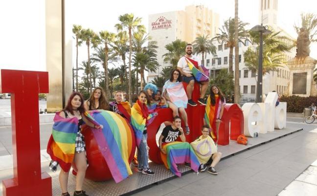 IU critica una plan contra la homofobia que aún no está ni siquiera redactado
