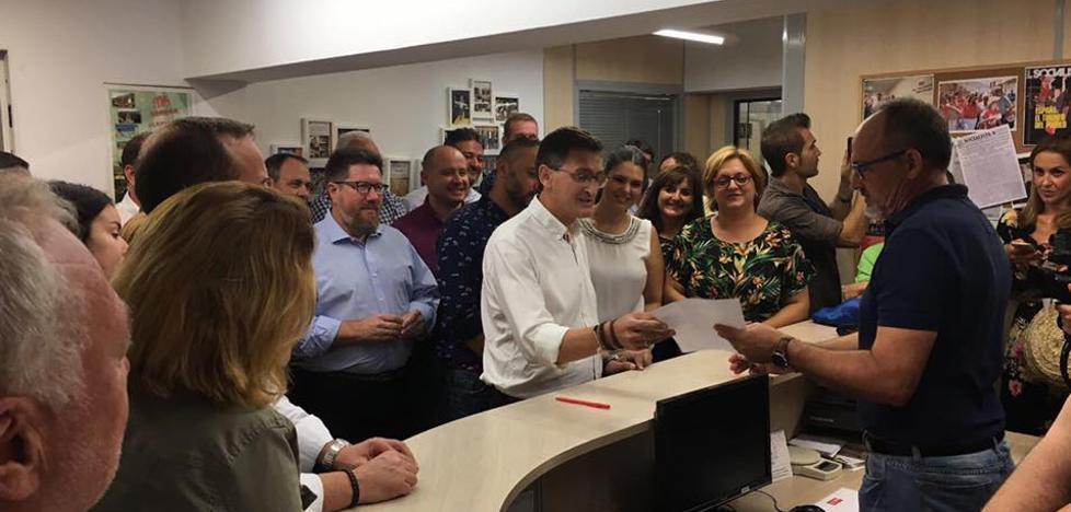 """Sánchez Teruel pide que se apoye su candidatura a dirigir el PSOE para lograr """"nuevas victorias electorales"""""""
