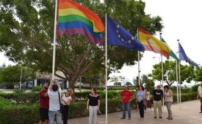 Sólo una organización va a la primera reunión para el plan municipal contra la homofobia