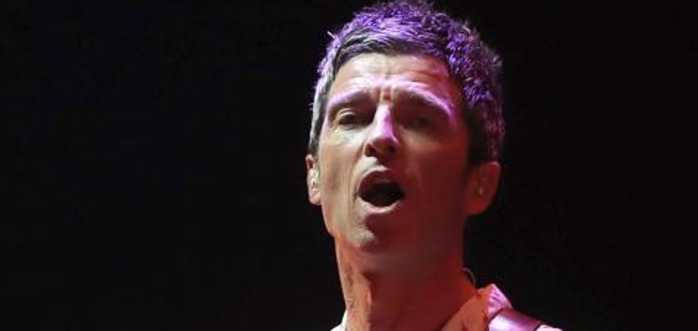 Noel Gallagher emociona al Manchester Arena