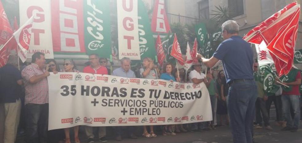 Almería reivindica la jornada de 35 horas de los empleados públicos andaluces