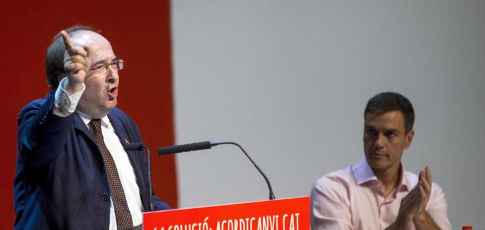 Los alcaldes del PSC denuncian presiones tras el llamamiento de Puigdemont