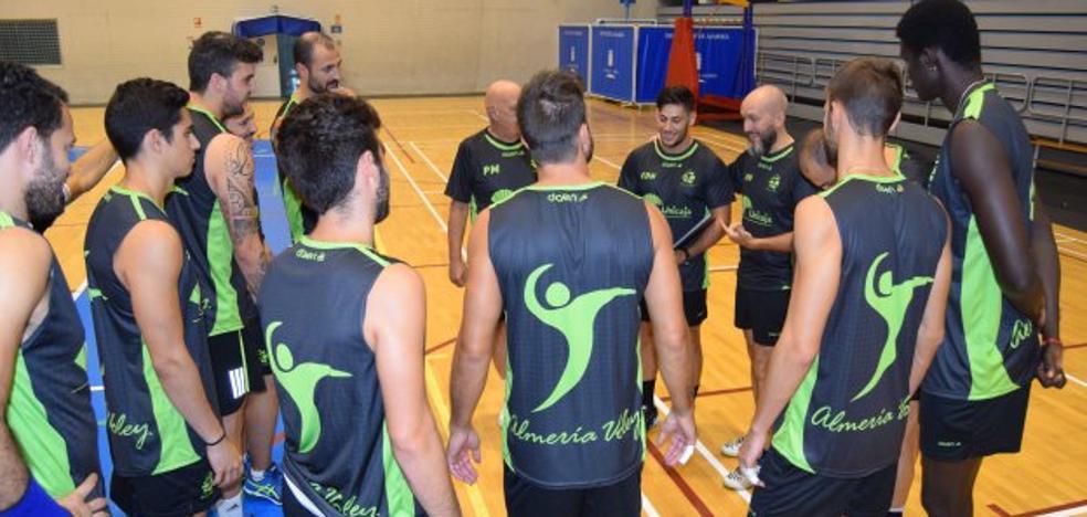 Enrique de Haro vuelve a encargarse de poner a tono al Unicaja Almería