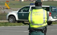 Fallece una mujer y otra resulta herida grave en una salida de vía