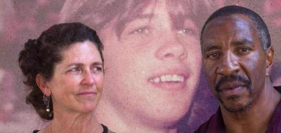 El impactante relato de la mujer que ayudó a conseguir la libertad para el asesino de su hermano