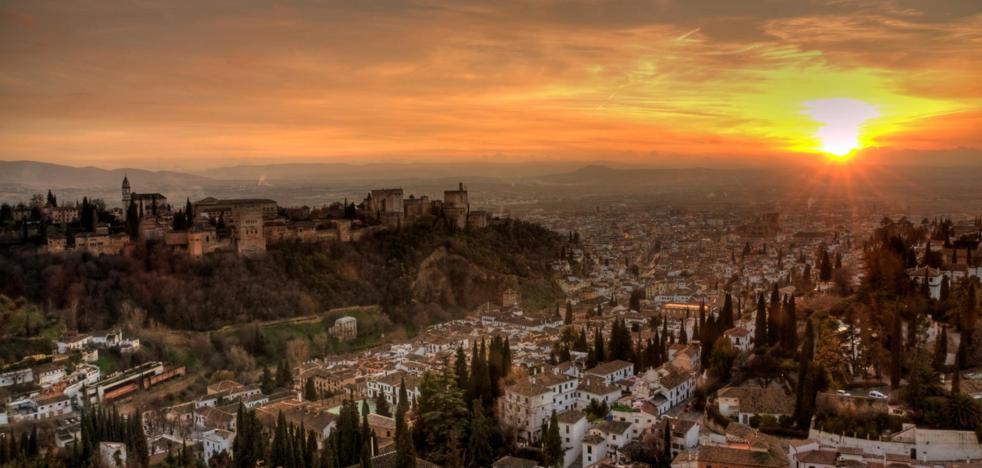 La Alhambra de Granada, nominada al mejor atardecer de España: así puedes votar por ella