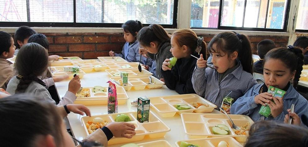 Alazor asesora para garantizar la seguridad alimentaria en comedores escolares