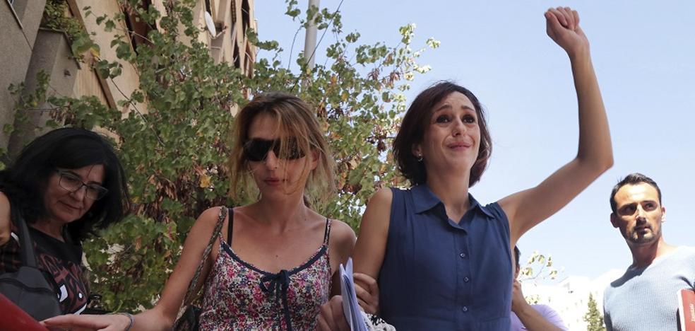 Juana Rivas podrá hablar con sus hijos a diario