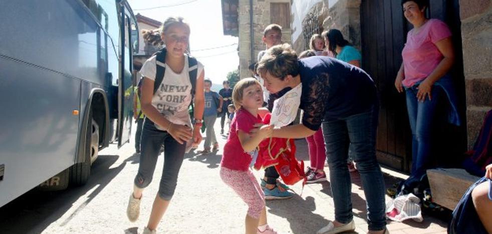 El pueblo con la tasa de natalidad más alta de España: así es vivir rodeado de niños