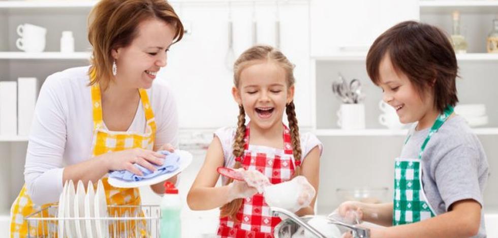 ¿Qué tareas debería hacer tu hijo dependiendo de su edad?