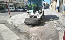 Baeza pone en marcha un plan de limpieza a fondo de la ciudad