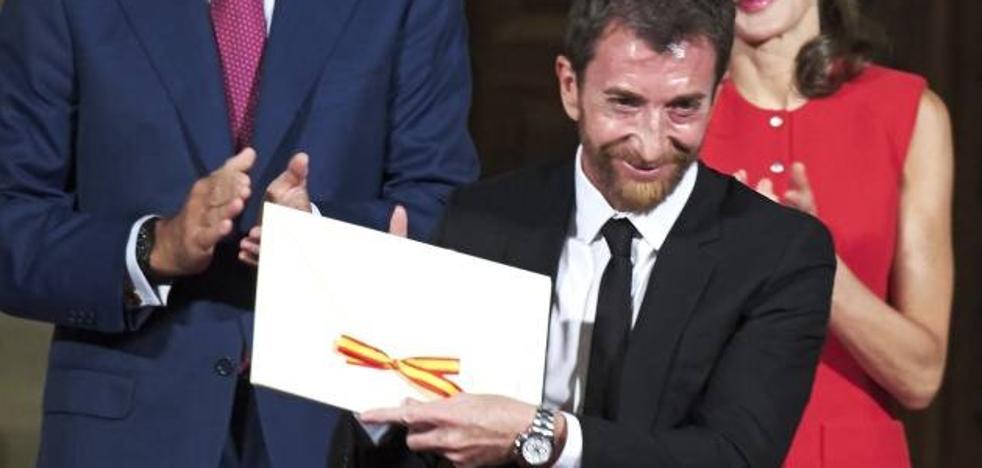 Twitter tarda un año en comentar el premio de Pablo Motos
