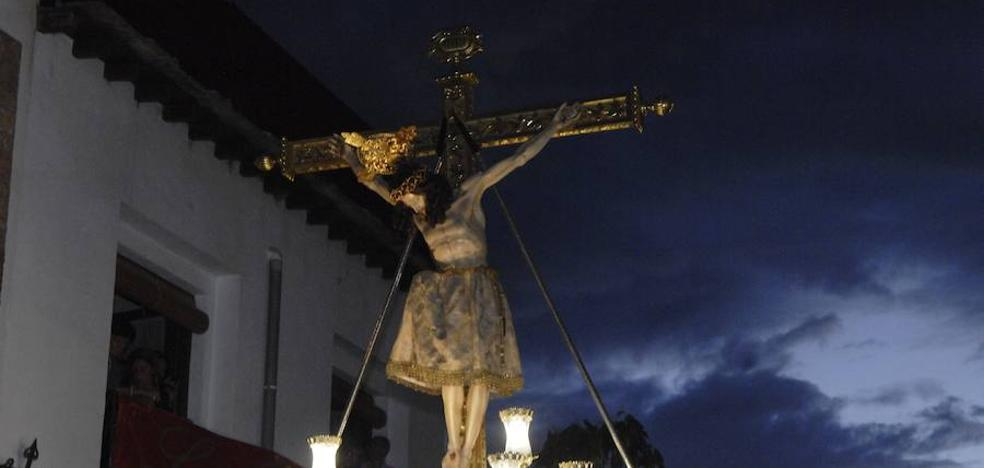 Válor celebra sus fiestas patronales en honor al Santísimo Cristo de la Yedra