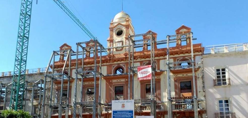 El Ayuntamiento licitará en octubre la redacción del proyecto para reformar la Plaza Vieja, según asegura la Junta