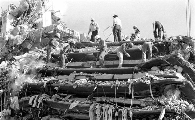 Un nuevo sismo el mismo día del trágico de 1985 en el que murieron 45.000 personas