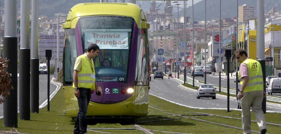 Acuerdo PSOE-Ciudadanos para poner en marcha el tranvía de Jaén en 2018