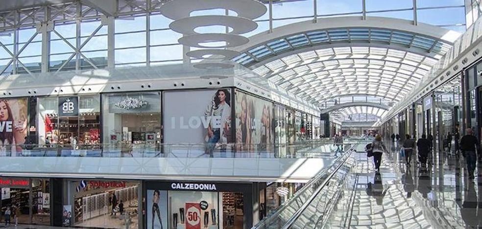 Topshop cierra todas sus tiendas en España, incuida Granada
