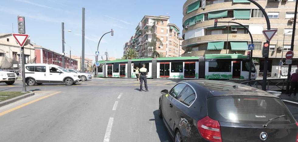 Así ha sido el tráfico en Granada en la primera jornada del metro