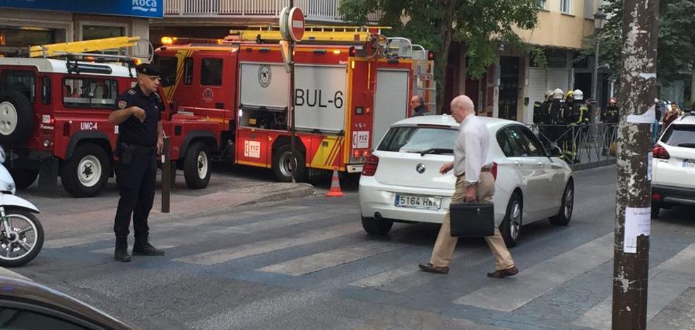 Incendio en una pizzería de la calle Gran Capitán en Granada