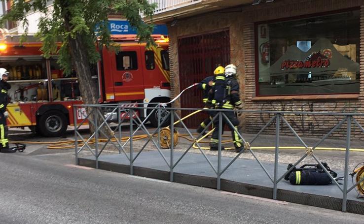 Incendio en una pizzería de Granada
