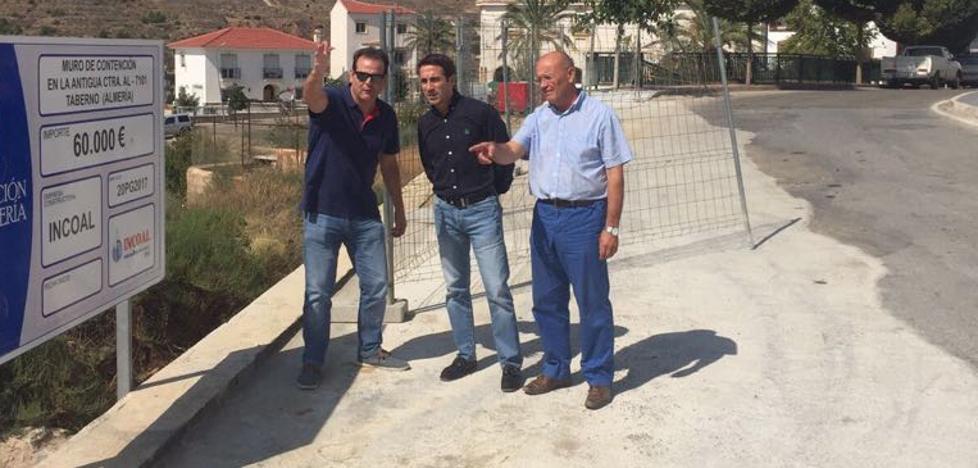 Diputación mejora la accesibilidad en la travesía de la carretera AL-7101 en Taberno